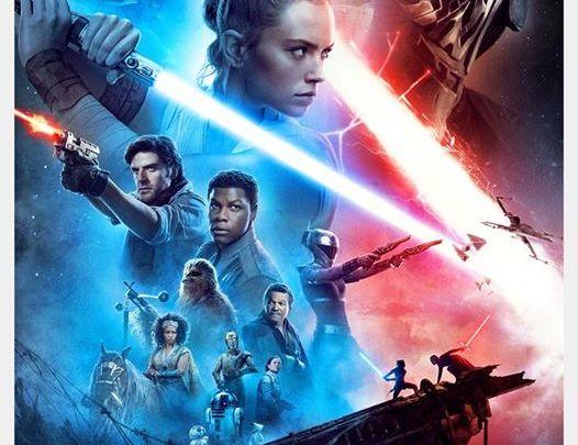 Ho la belle affiche du prochain Star Wars. Il ne reste qu'à attendre patiemment devant cette affiche jusqu'au 18 décembr…