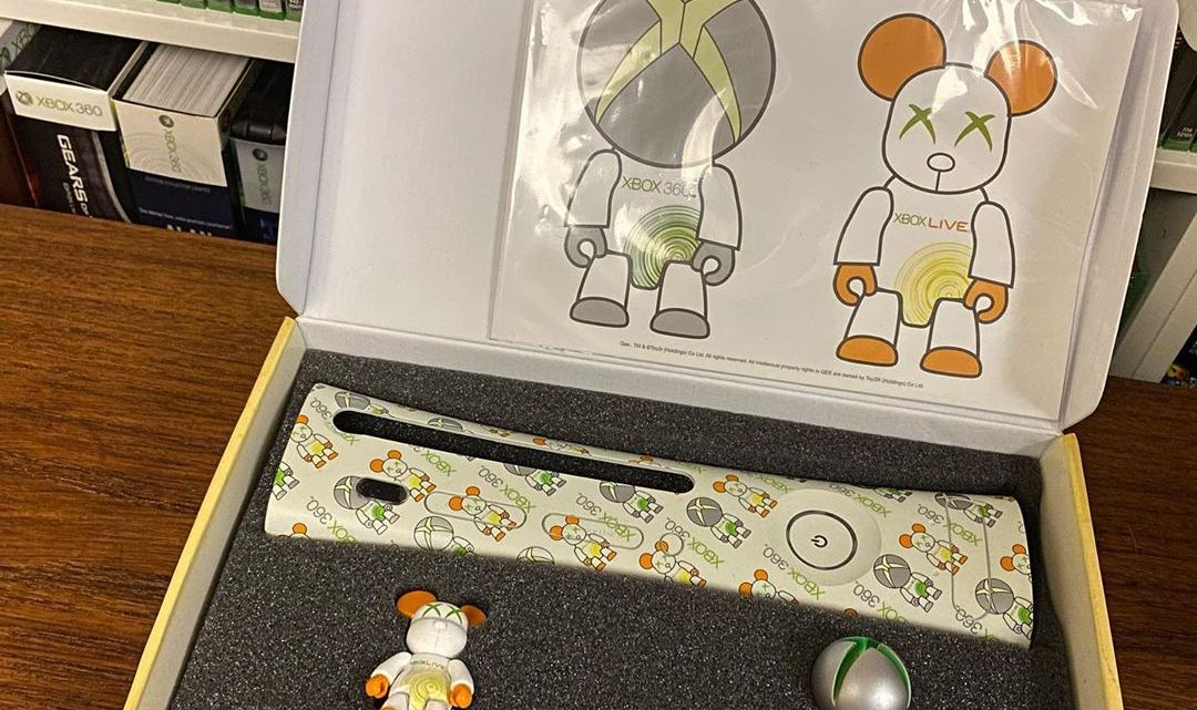 Petit objet collector du soir. Une façade #Xbox360 et 2 figurines #toy2rqee. #Xbox #faceplate #collector #videogames
