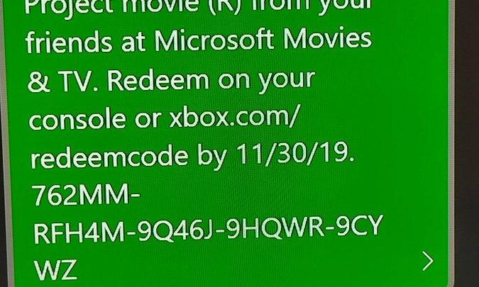 Si vous avez complété une quête du Xbox Game Pass en septembre, vous avez normalement reçu un code pour le film «The Blair Witch Project» de quoi alimenter votre Halloween 🎃 pic.twitter.com/et5SKeZwyH