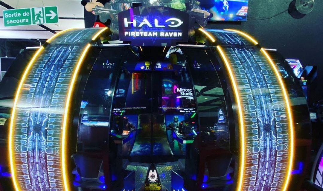 On a découvert la borne #halofireteamraven à #PARIS à la #tetedanslesnuages ! #halo #xbox #arcade #microsoft #gaming #ga…