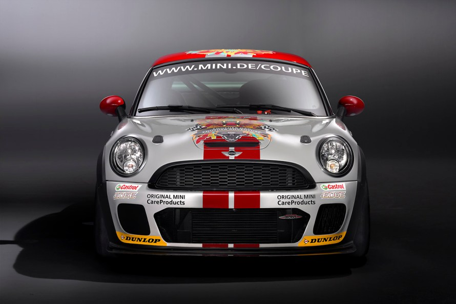 03-mini-john-cooper-works-coupe-endurance-racer