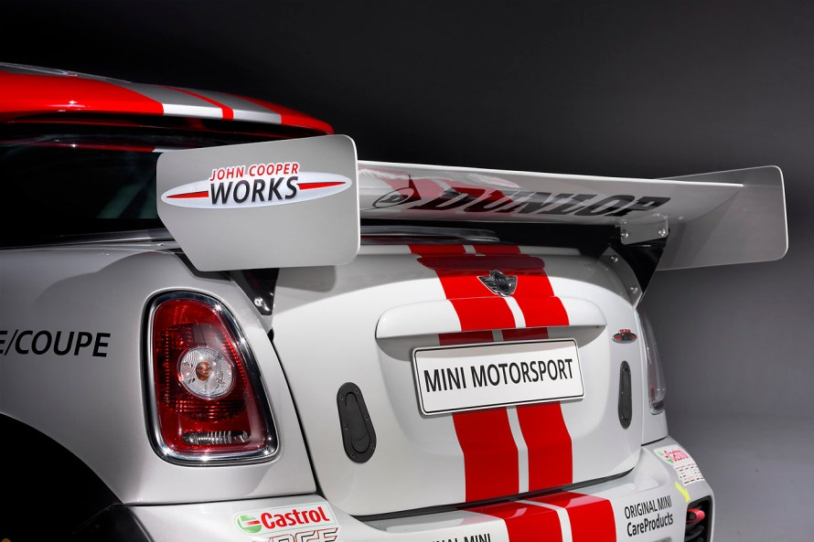 08-mini-john-cooper-works-coupe-endurance-racer