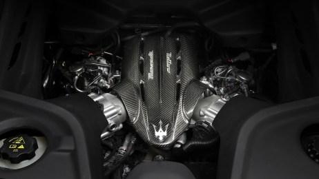 2021-Maserati-MC20-009-1080