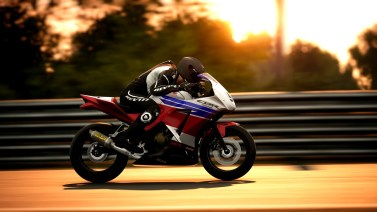 Ride-4-Honda-CBR-300R-Racing-Modified-2017-009
