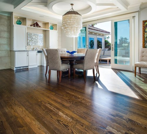 dining area with wood floor | Xcellence Inspection Services| room redesign Chicago