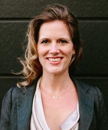 BIS Profile 500px - Barbara Sennrich (1)