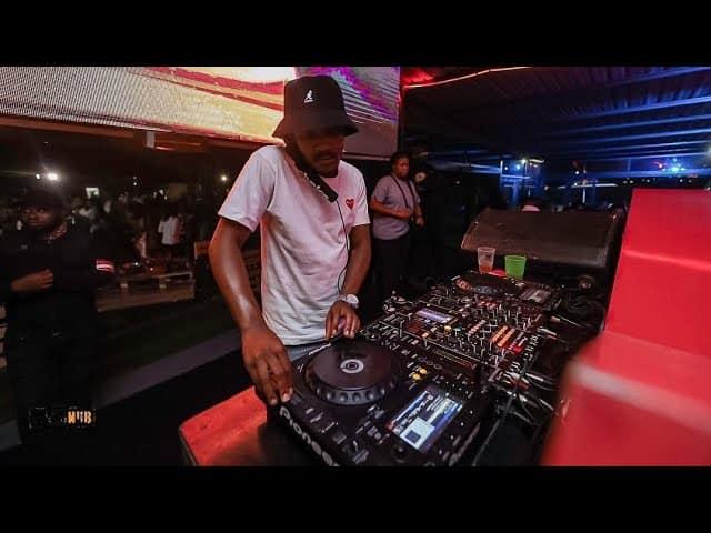 Kabza De Small X DJ Maphorisa – Phakamisele Ft. Boohle