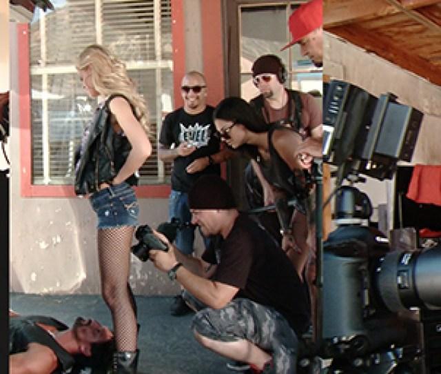 Bonnie_directing_3