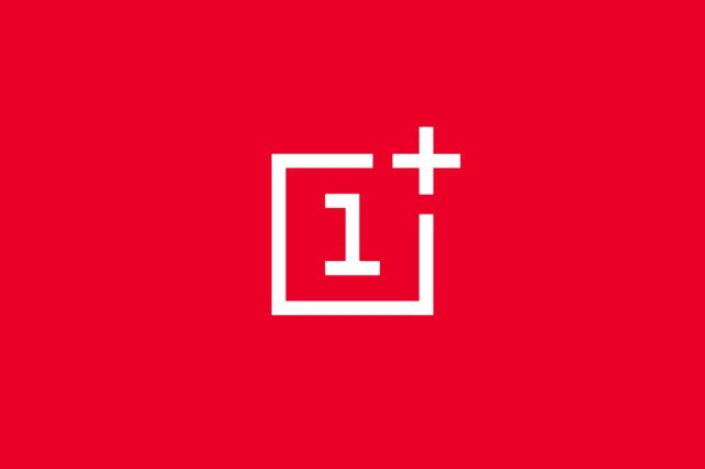 OnePlus Launcher for the OnePlus 6 modded to add Google Feed