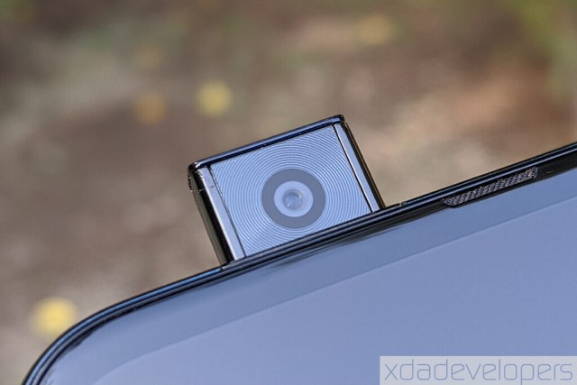 Motorola pop up camera