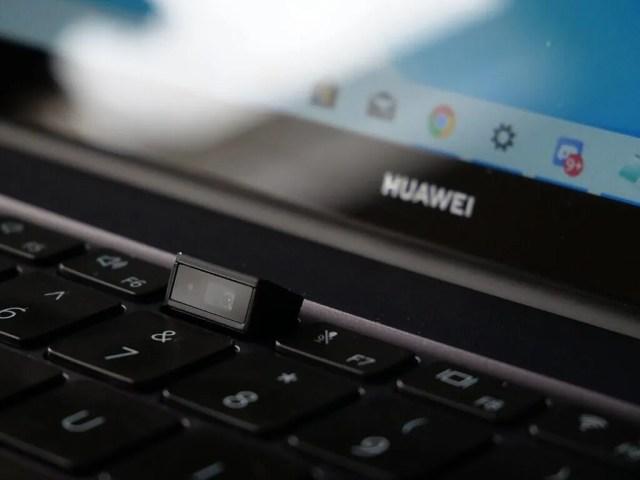 Huawei MateBook 14'te yerleşik web kamerası