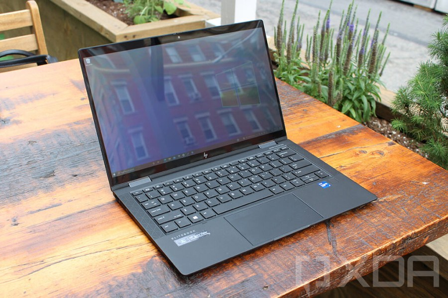 Angled view of HP Elite Dragonfly Max