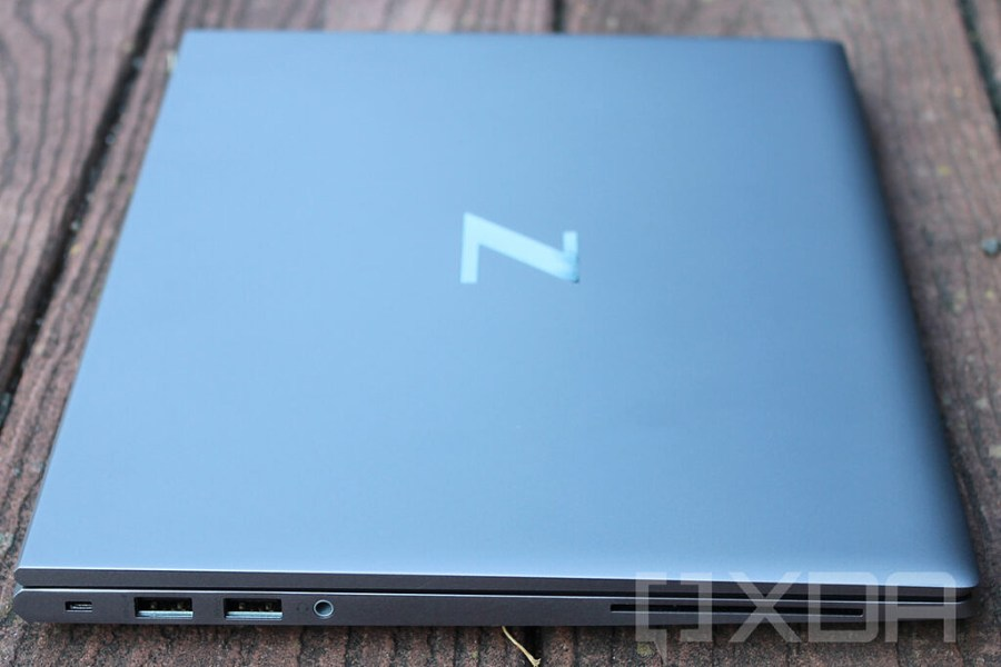 Left side view of HP ZBook Firefly G8