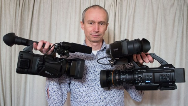 Which do you choose, PXW-Z100 or PMW-300?