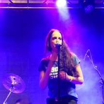 Alaniz Morizzette | Alanis Morissette Tribute