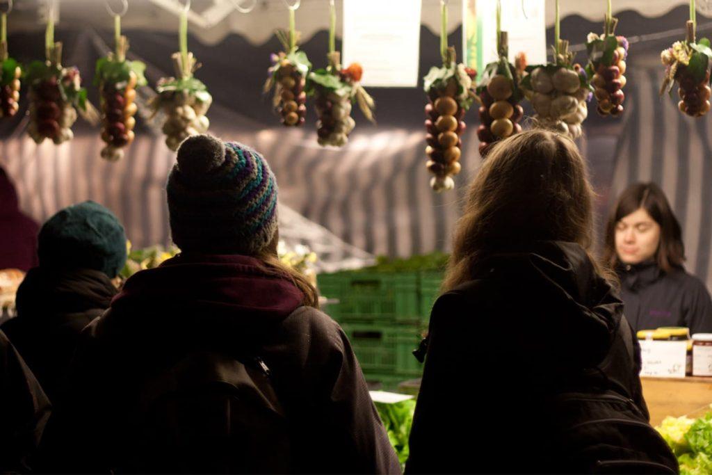 Tradition in Bern: Zibelemärit