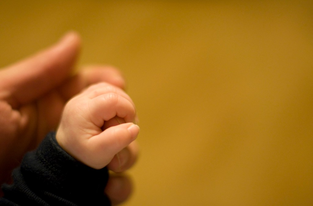 Should the U.S. Government & Employers Offer Paid Leave for New Fathers?