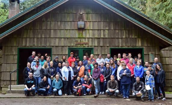 04_18-16_camp-fire-columbia-volunteering