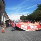 Se manifiestan Antorchistas mixtecos en Palacio de Gobierno