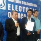 El hijo del presidente de Huajuapan se registra como aspirante a la diputación federal