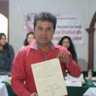 Otorgan constancia de mayoría a Vera Carrizal como diputado electo