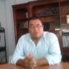 Renuncia Reynaldo López al INE en Huajuapan