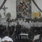 La orquesta y coros Esperanza Azteca llevo a cabo un concierto