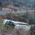 Nueve lesionados saldo de volcadura de autobús de la línea SUR en tramo Huajuapan – Juxtlahuaca