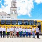 Benefician a estudiantes de Itundujia con transporte gratuito
