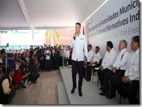 Gobernador llama a autoridades a sumar esfuerzos (1)