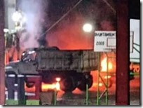 Posible venganza política la quema de patrulla y camión 1