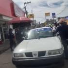 Taxistas del FNIC bloquearon estacionamiento en calle Nuyoo