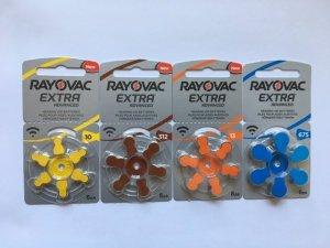 Batterier till hörapparater från vänster 10 gul, 312 brun, 13 ocrange och 675 blå.