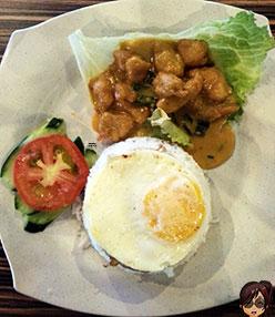 creamy-salted-eggs-chicken