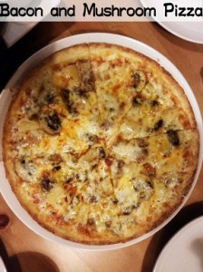 bacon-and-mushroon-pizza