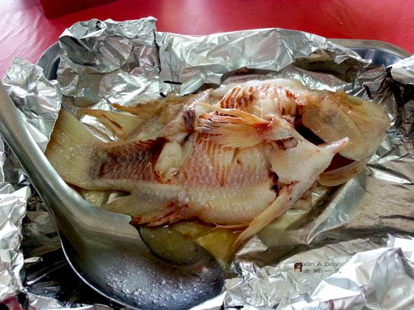 柚木园烧鱼 Kedai Makanan Pokok Jati