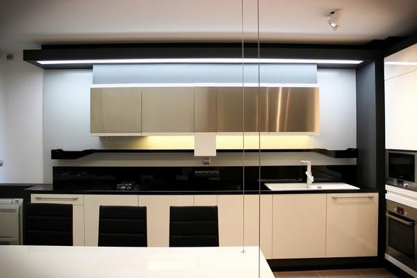 kitchen cabinets color appliance package deals 灶台用什么颜色好风水厨房灶台石材厨柜颜色搭配风水禁忌图片 秀居网 灶台用什么颜色好风水厨房灶台石材厨柜颜色搭配风水