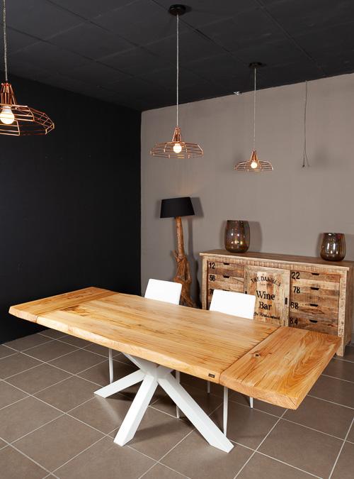 Tavolo allungabile in legno naturale di castagno Stephen