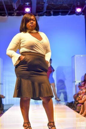 NationalCurvesDayCoEDFashionShow-102