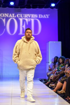 NationalCurvesDayCoEDFashionShow-217
