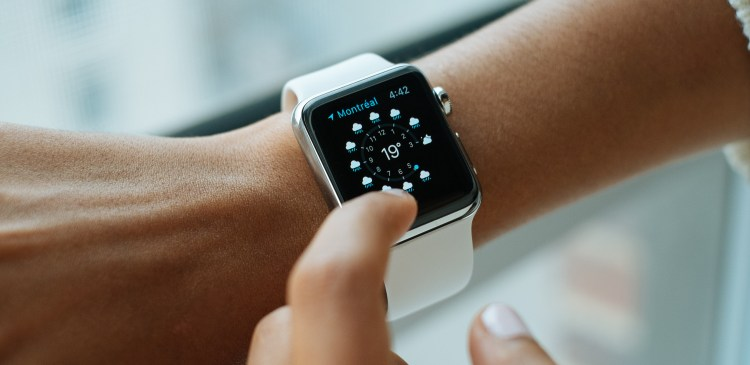 Best Smart Technology Gifts for Christmas 2017
