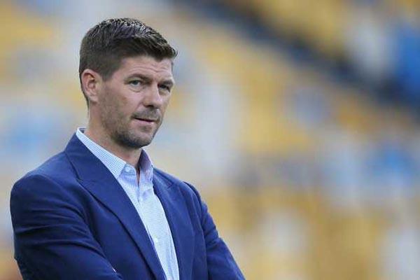 Tak Peduli Kata Orang Gerrard Tetap Bangga Dengan Liverpool