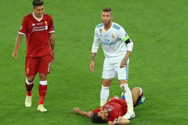 Ikut Diserang Roberto Firmino Sebut Sergio Ramos Idiot