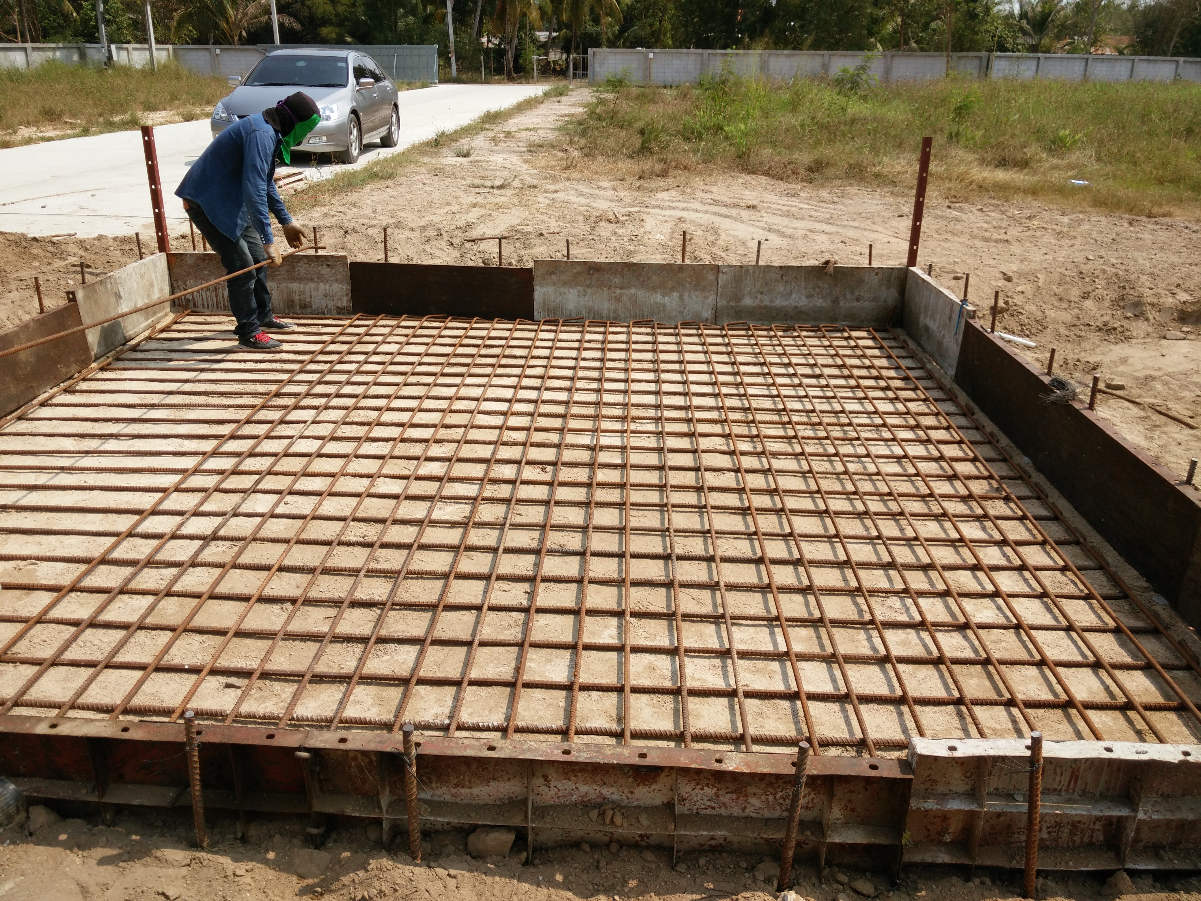concrete foundation for oxygentank_2