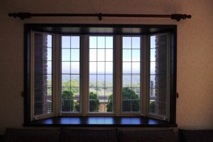 出窓の画像