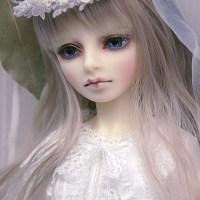 ドールズミス戦利品、ディーラー様製の白いドレスと花冠