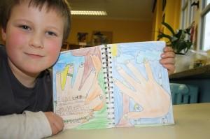 Enke-Malte und sein Hände-Bild