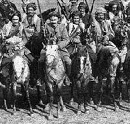 Cavalerie kurde dans la région du Caucase (début des années 1900)