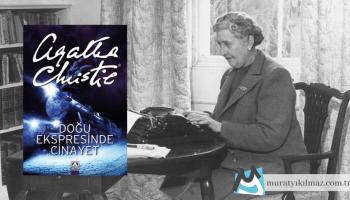 Tüm zamanların en bilinen polisiye romanlarından birisi olan Doğu Ekspresinde Cinayet, polisiye türünün kraliçesi Agatha Christie'nin kısıtlı bir zaman ve alan içerisinde karakterler üzerinden karmaşık düğümler yaratıp, bu düğümleri ustaca çözüme kavuşturmasıyla dikkat çekiyor.