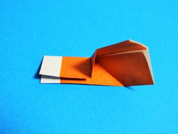 折り紙でクリスマスの平面ブーツを簡単に作る折り方と作り方